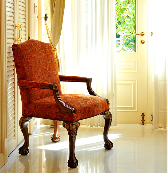 Upholstered-chair-cleaning-Saratoga
